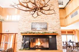 picture of the fireplace at the big horn bistro at Keystone
